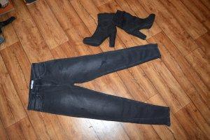 Coole Neue NA-KD Jeans Gr. 36 schwarz