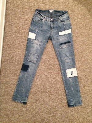 Coole Patchwork-Jeans mit Flicken