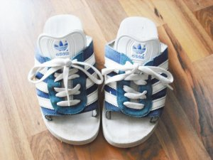 coole retro Badelatschen von Adidas