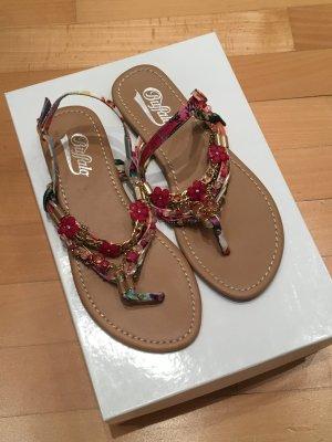 Coole Sandalen von Buffalo Zehentrenner Hippie Boho Blüten Perlen