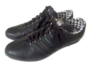 coole schlanke Sneaker von K-SWISS schwarz Leder Lace Gr. 39 NEU