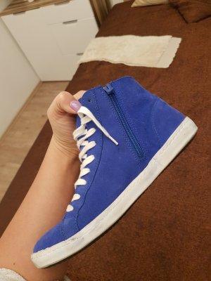 Coole Sneaker.