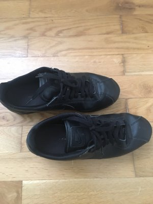 Coole Sneaker von NIKE Gr 40