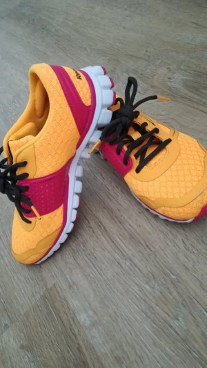 Coole Sneaker von Reebok in Gr.35.5 in gelb/ pink, wie neu, da zu klein