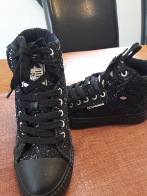 Coole Sneakers , Turn-Sportschuhe