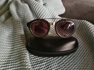 Coole Sonnenbrille aus England