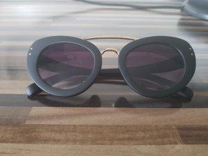 Occhiale stile retro nero-oro