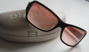 Coole Sonnenbrille von DIESEL