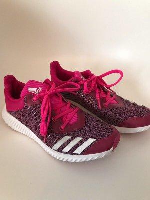 Coole Sportschuhe von adidas