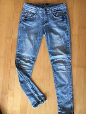 """Coole supermoderne Jeans von """" SET """" mit Reisverschlüssen am Knöchel. NP 129,00€"""
