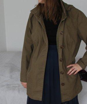 Coole ungetragene Damenjacke im stylischen khakigrün