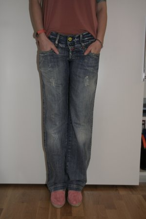 Coole used-look Jeans von Take Two, upgrade dept.
