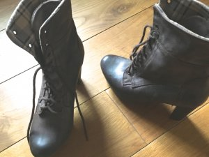 Lace-up Booties dark brown leather