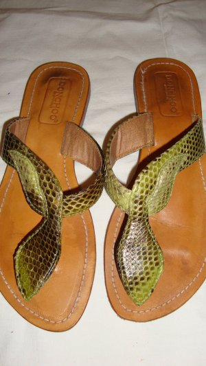 Toe-Post sandals green leather