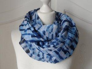 cooler Batik Loop Schal aus Baumwolle Blautöne