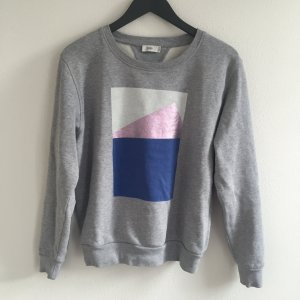 Cooler Closed Sweater