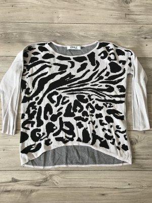 Cooler Pulli mit Leopardenprint