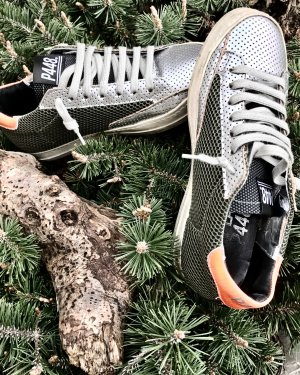 Lace-Up Sneaker light grey-olive green