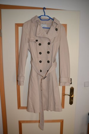 Cooler Trenchcoat von Mint and Berry