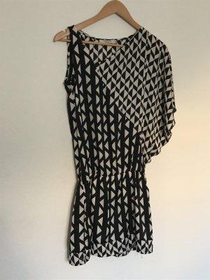 Cooles asymmetrisches Kleid