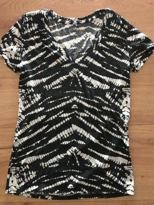 Cooles Batikshirt von Urban Outfitters