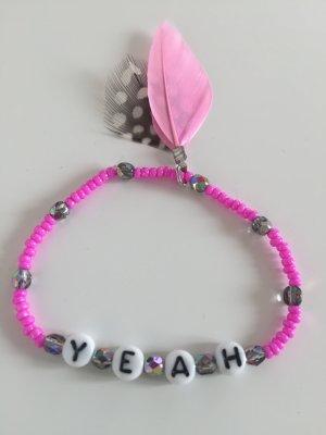 Cooles Boho Armband mit Perlen in Pink und grau YEAH