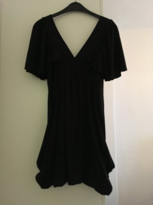 Cooles detaillreiches Kleid in schwarz