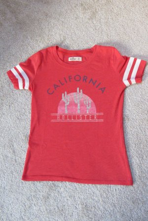 Cooles, farbenfrohes Shirt von Hollister