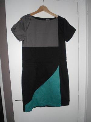 Cooles Kleid von Skunkfunk