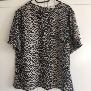 Cooles Shirt mit Leoprint neu