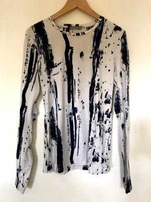 Cooles Shirt von COS im Batik / Jeans Look