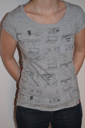 Cooles T-Shirt mit bedrucktes Radios, Schallplatten,... von edc Esprit in Gr. M