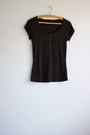Cooles T-Shirt von Sublevel Tasche Knöpfe