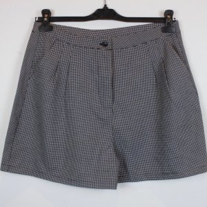 COOPERATIVE BY URBAN OUTFITTERS Shorts Gr. L schwarz/weiß