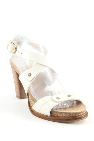 Coqueterra Riemchen-Sandalen creme-braun Street-Fashion-Look