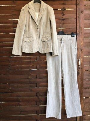 Cord-Anzug