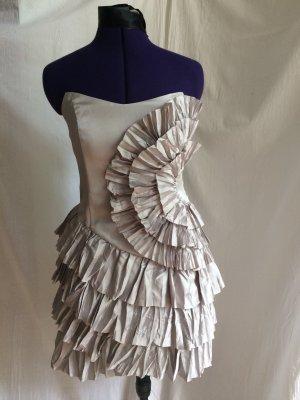 Corsagenkleid mit drapierten Rüschen