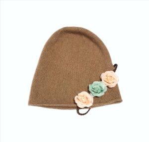 COS Chapeau en tricot gris brun-marron clair cachemire