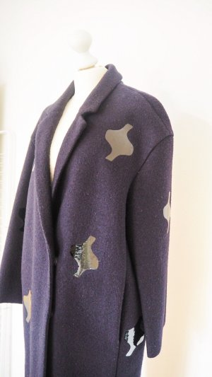 COS BEAUTIFUL COAT NAVY WITH BLACK PATCH