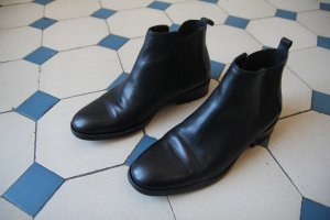 COS Chelsea boots 38