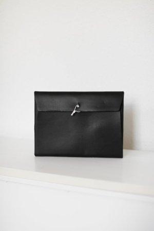 COS Clutch Etui Ledertasche Sleeve schwarz Leder 22x16,5cm
