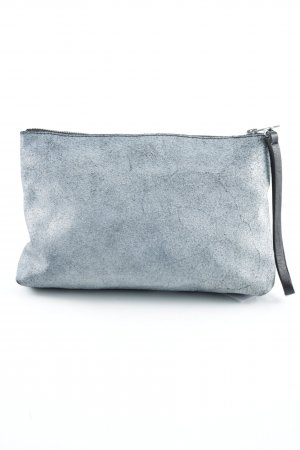 COS Clutch schwarz-grau Street-Fashion-Look