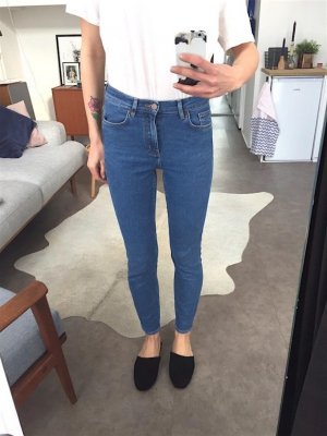COS Cropped Skinny Jeans W26 Vintage Mid Blue Clean Chic Blogger Trend