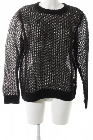COS Grobstrickpullover schwarz Street-Fashion-Look