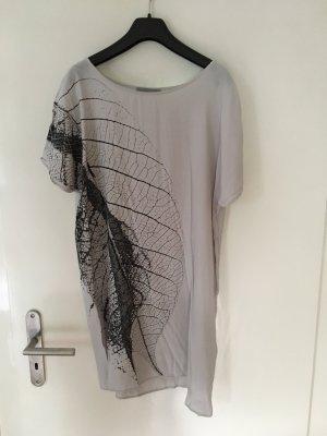 Cos Kleid mit Blatt-Print