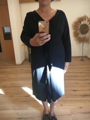 Cos Kleid mit Volant