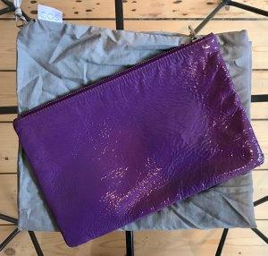 COS Leder Clutch Lackleder Lila Violett