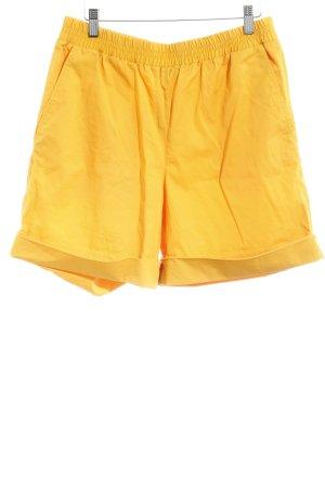 COS Shorts goldorange Casual-Look