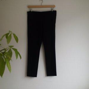 COS Slim Fit Trousers 42    Essential Style    Schwarze Roehrenhose    Klassische Skinny
