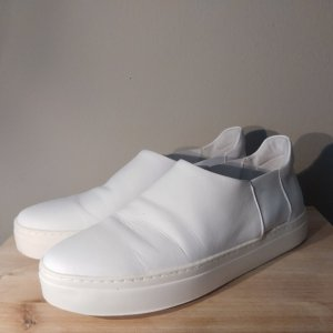 COS Slip-on Sneakers white
